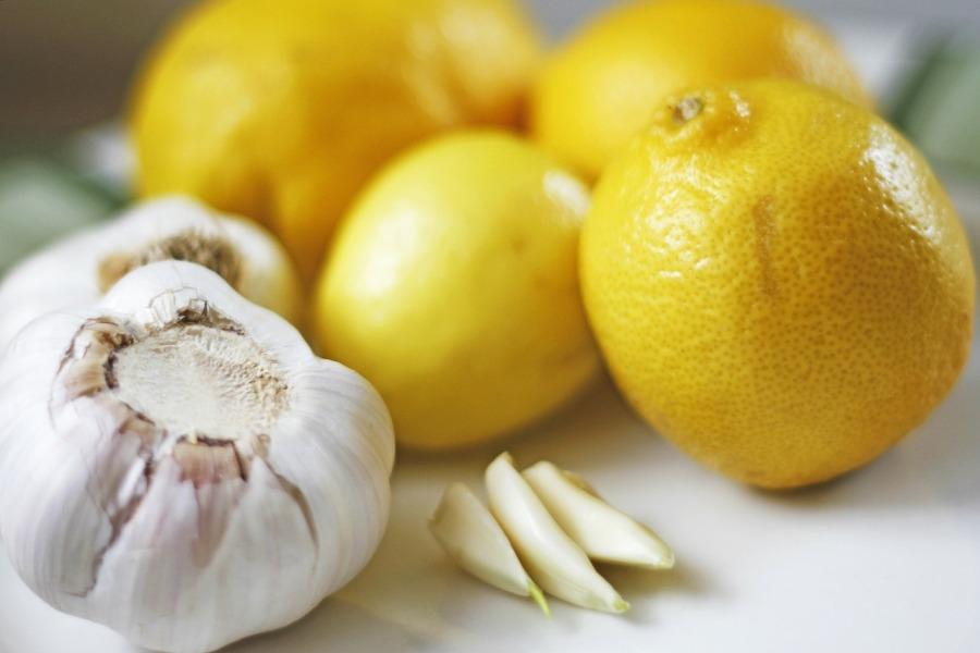 Czosnek i cytryna To naturalne produkty wspomagające odporność organizmu