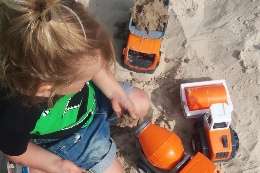 35 pomysłów na wakacyjne zabawy z dziećmi na dworze (11)