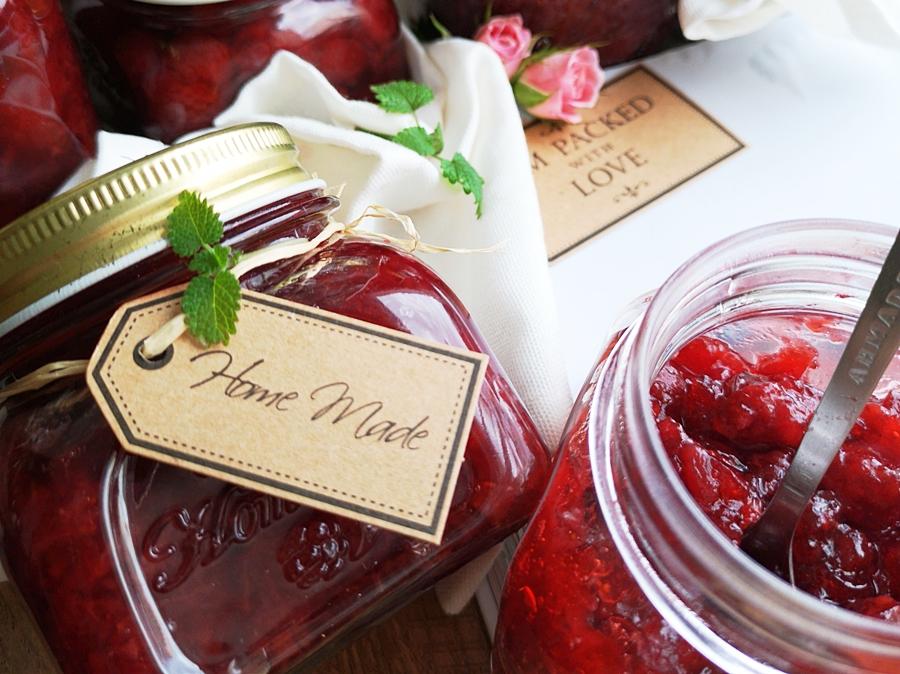 Dżem truskawkowy bez (zagęszczaczy) 2 sposoby na przygotowanie