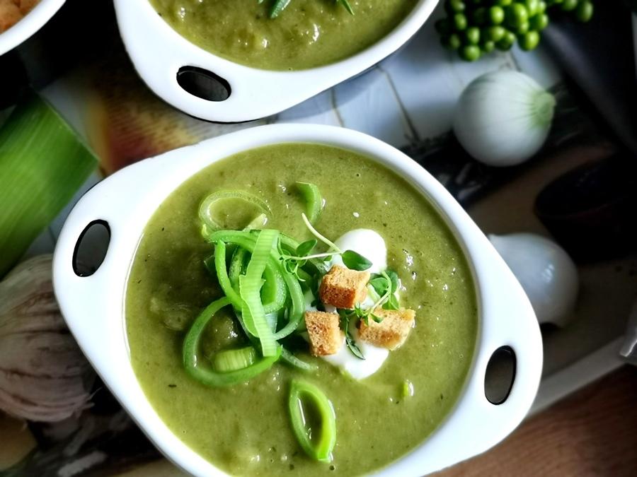 Zupa krem to idealny sposób, by przemycić dzieciom zdrowe, choć czasem nielubiane składniki w pysznej zupie.
