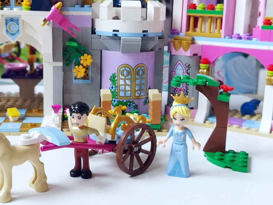 KOPCIUSZEK Z LEGO