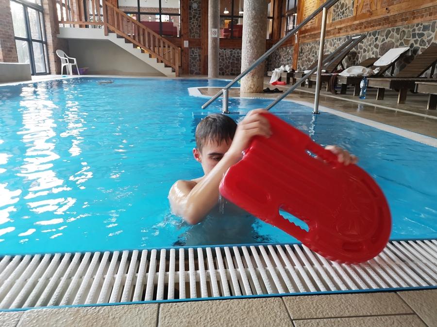 hitelowy basen w Zalesie Spa Mazury