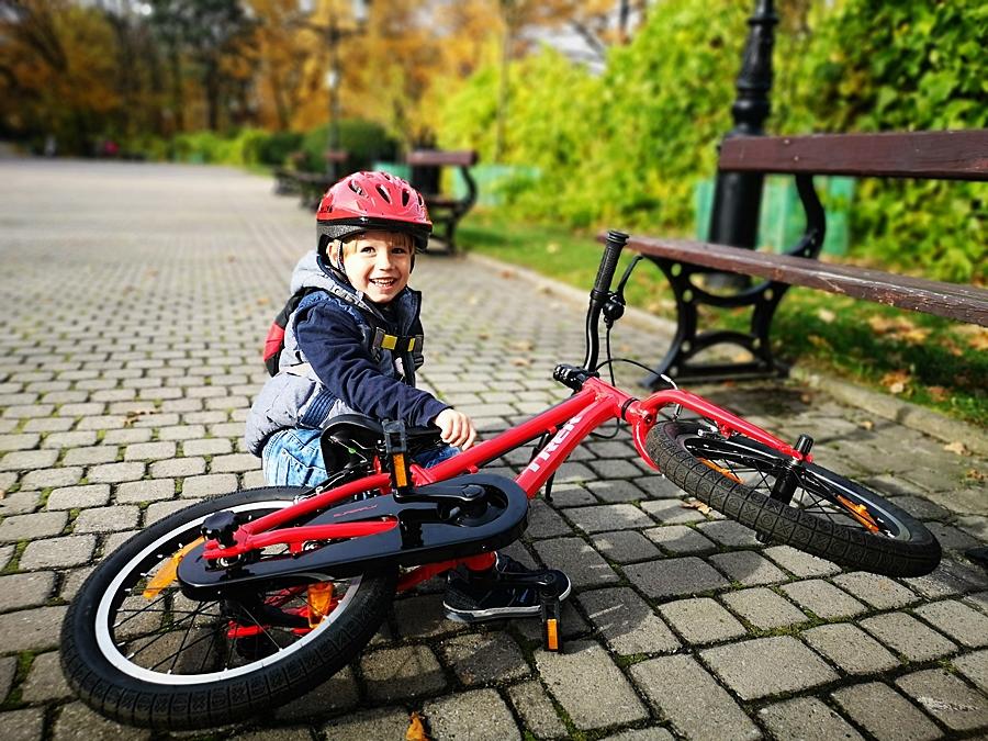 Upadki podczas nauki jazd na rowerze