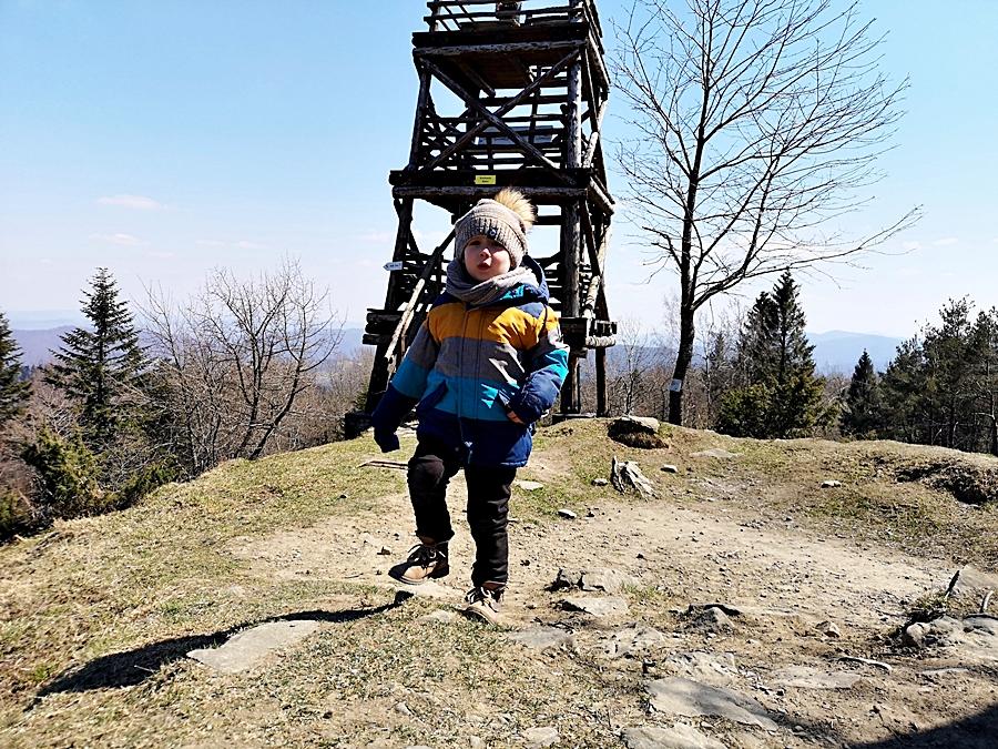 Wieża widokowa na szczycie Korbani (894m n.p.m)