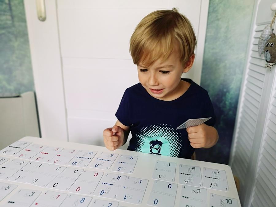"""zestaw kart matematycznych """"Dodawanie i odejmowanie"""" autorstwa doświadczonego nauczyciela matematyki, pana Andrzeja Grabowskiego"""
