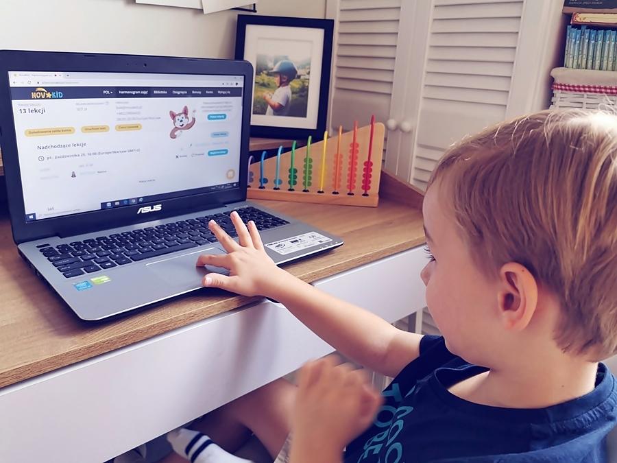 Nauka angielskiego dla dzieci w domu, nasz wybór to NovaKid