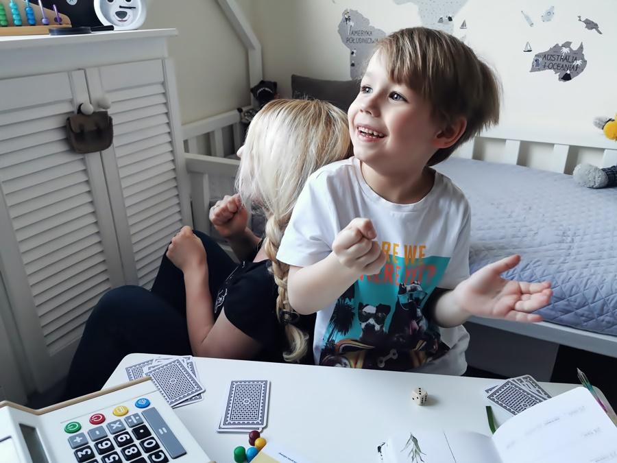 Karty Grabowskiego — Gry logiczne, zadania i łamigłówki dla dzieci