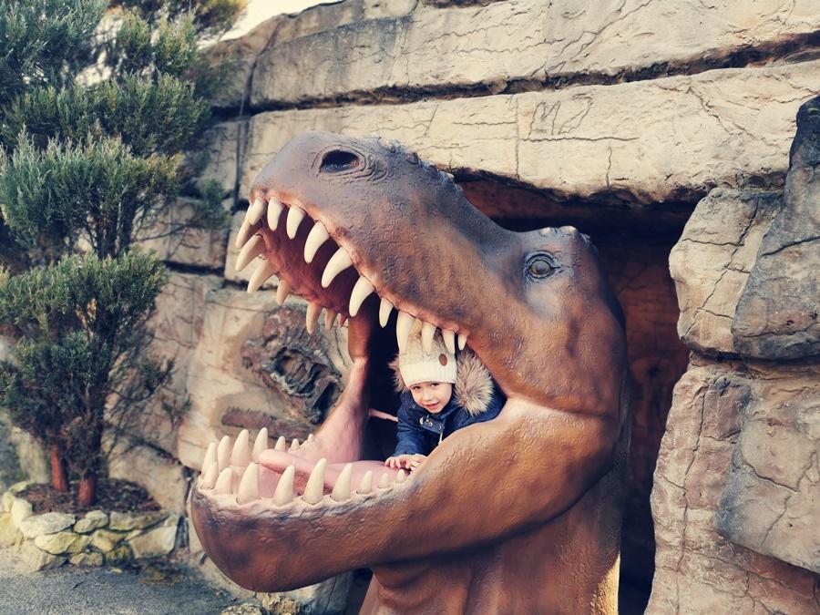 Gdzie zobaczyć dinozaury w Polsce