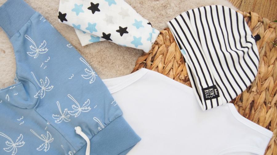 cienkie ubranka niemowlęce