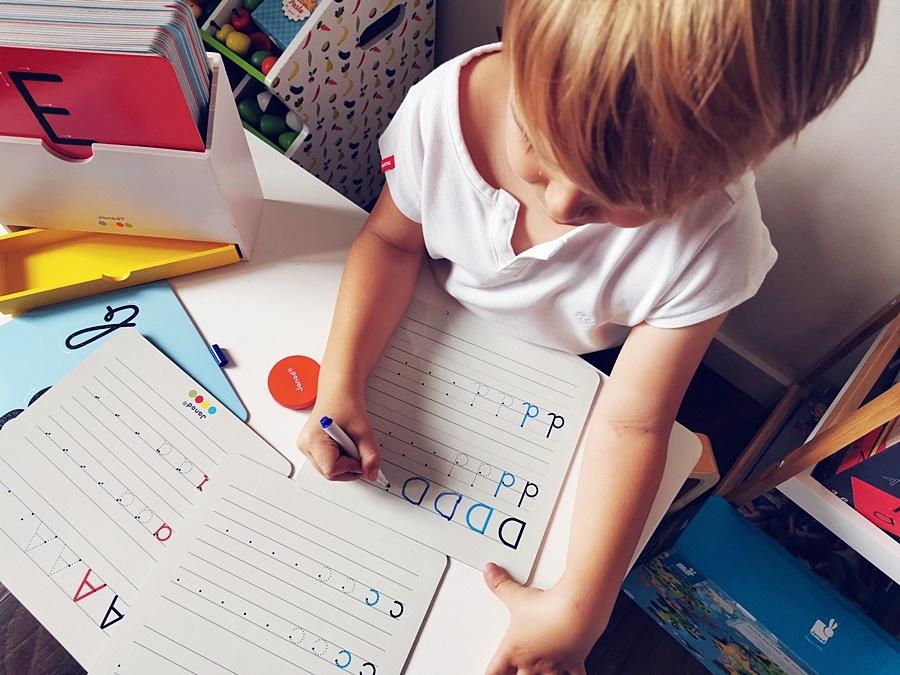 Nauka pisania przez zabawę