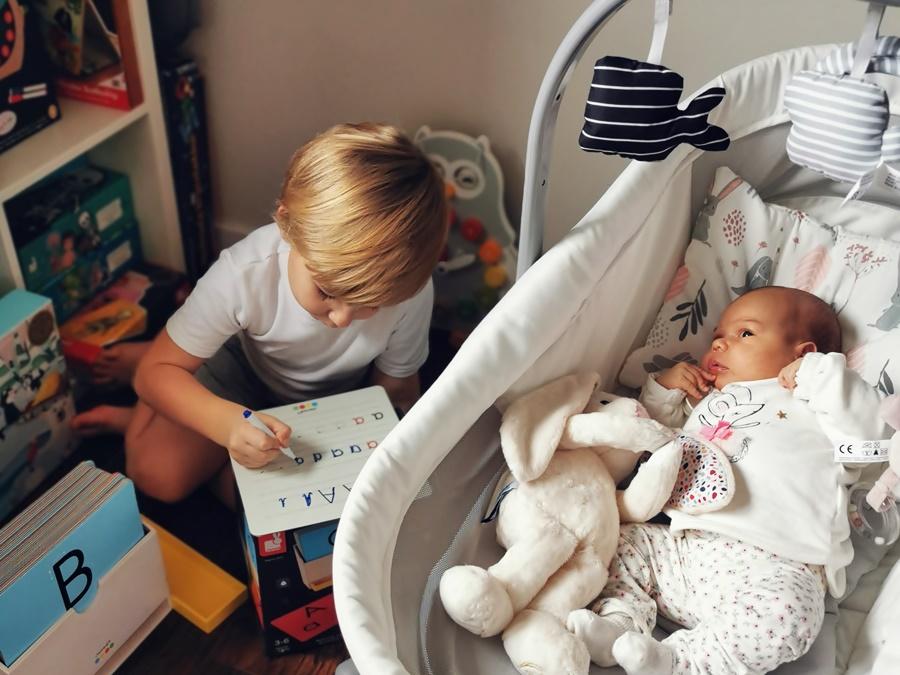 Baby Hug Air 4w1- mobilny pomocnik dla rodziców