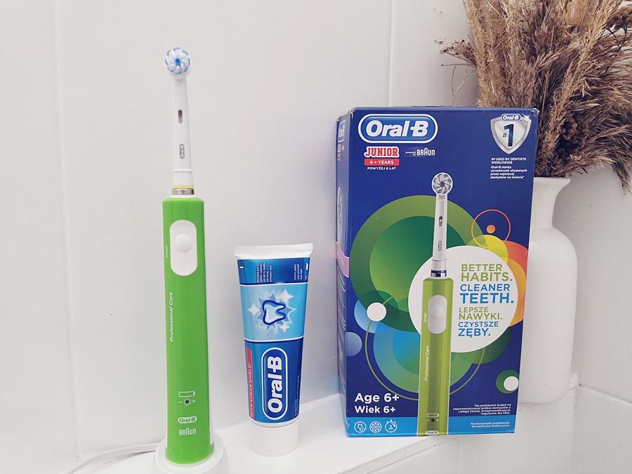 Elektryczna szczoteczka Oral-B Junior