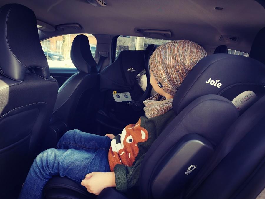 Bezpieczne auto rodzinne to priorytet
