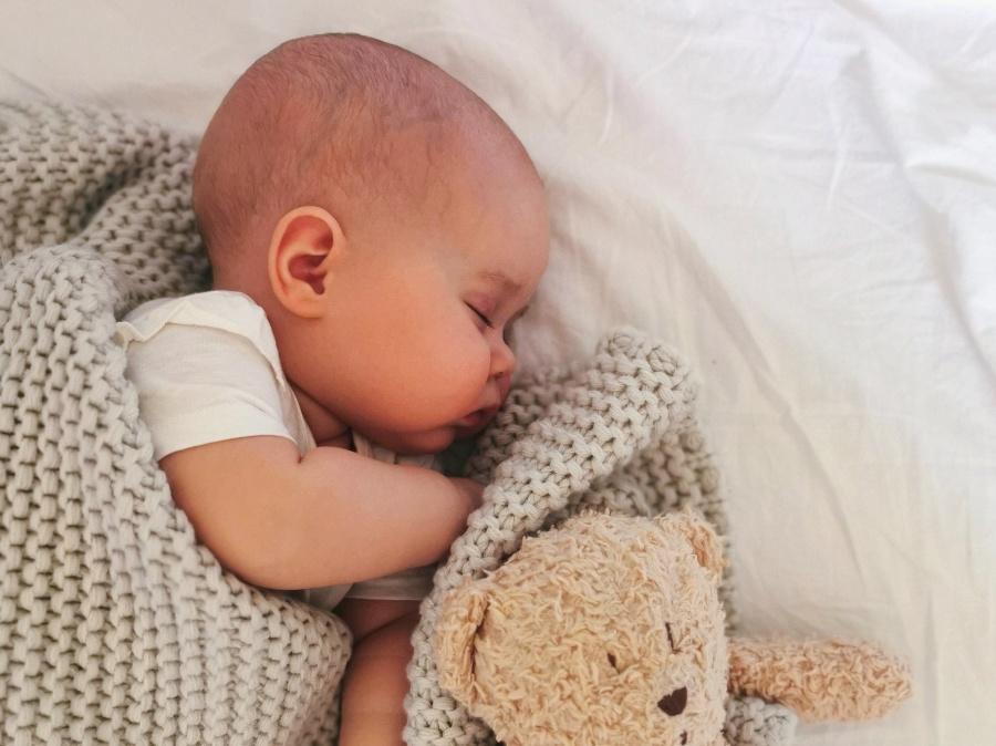 Przyczyny bólu brzucha u niemowląt